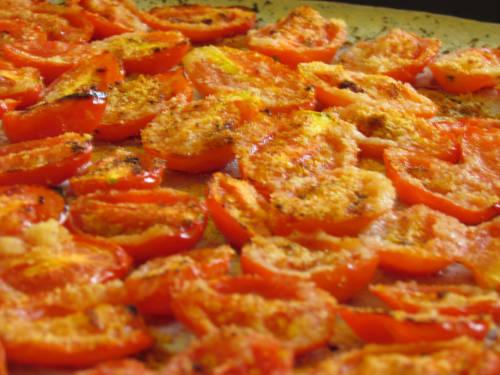 Orecchiette di farro con pomodorini gratinati