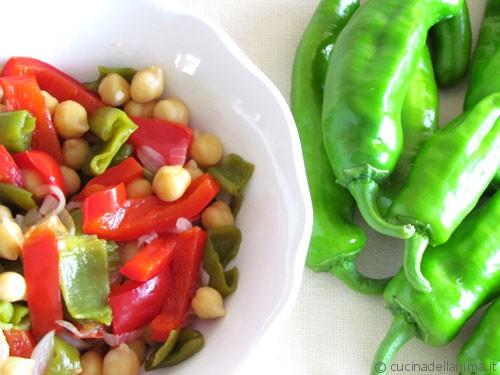insalata fredda di ceci e peperoni