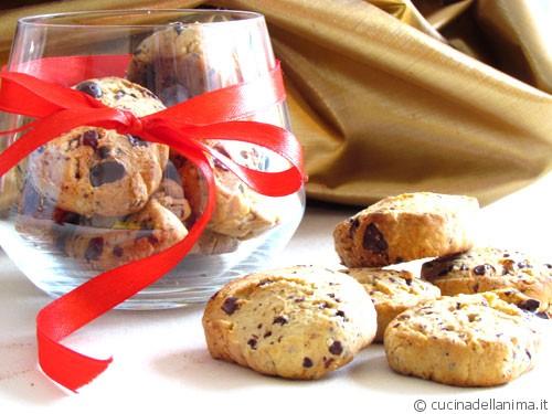 biscotti di farro con gocce di cioccolato