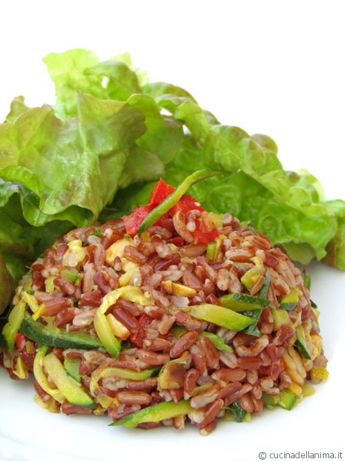 Cupolina di riso rosso saporito