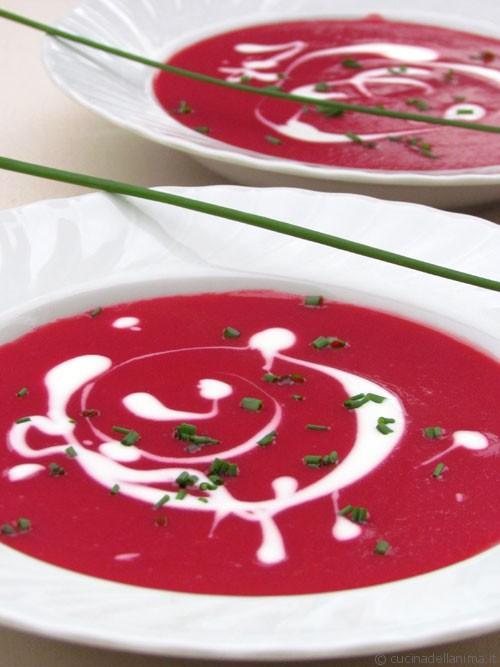 Zuppa di rape rosse
