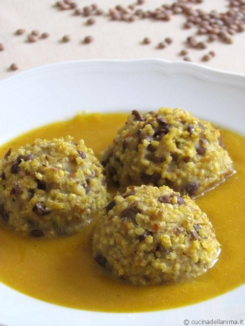 Bocconcini di miglio e lenticchie su crema di verdure