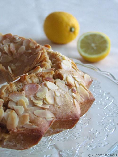 Ciambella mele, limone e fiocchi di avena