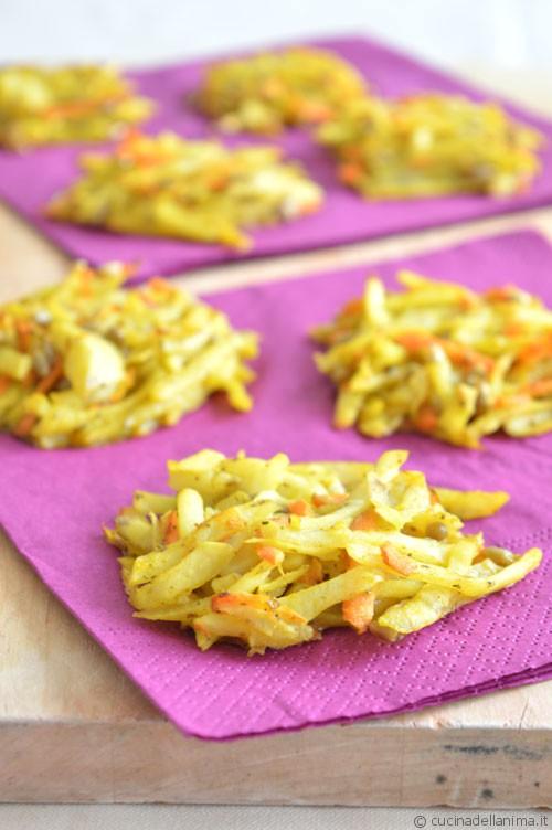 Nidi di patate e carote alla curcuma
