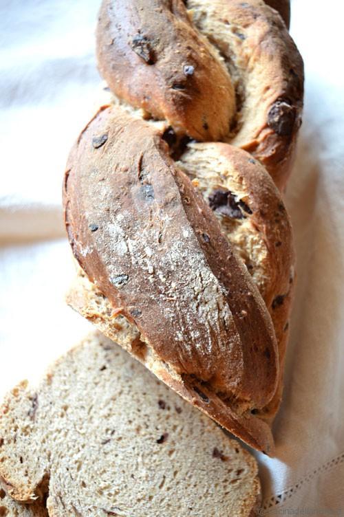Pane uvetta e cioccolato
