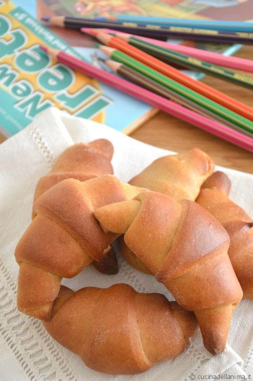 Piccoli croissant per la ricreazione