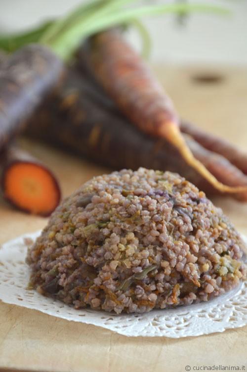 Tortino di miglio e carote viola