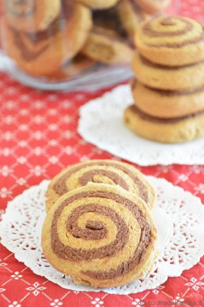 Biscotti integrali arrotolati: grano-ciocco!
